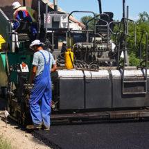 Novi sloj asfalta od mjesta do groblja na Kloštru