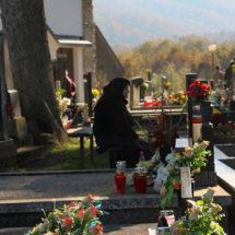 Za blagdan Svih Svetih  Kobašani pohodili groblje na Kloštru
