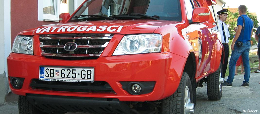 Blagoslovljeno terensko vozilo D V D-a Slav. Kobaš