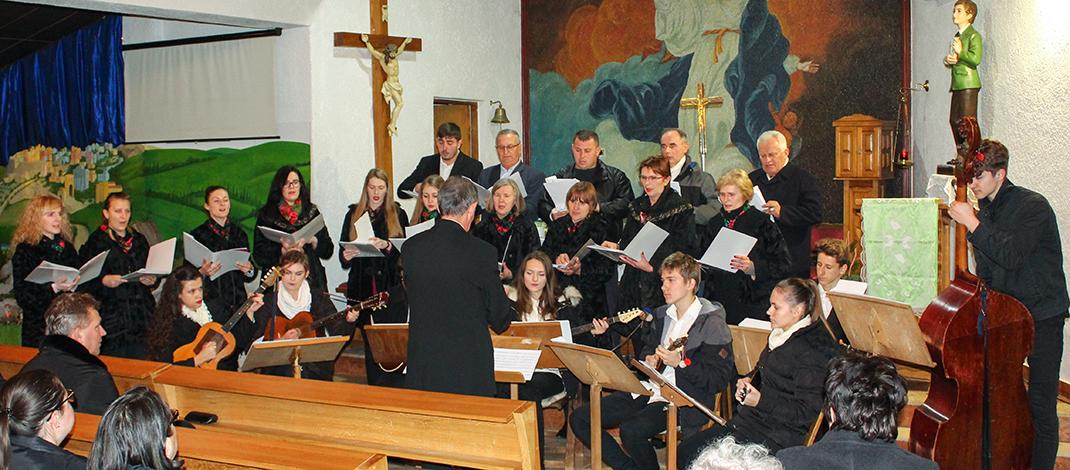 Božićni koncert u crkvi Sv. Dominika Savia u Slav. Brodu
