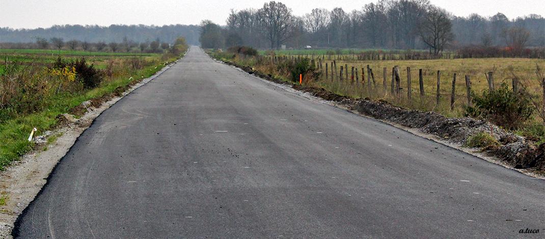 Završena je obnova kolnika na dionice ceste Bebrina – Slavonski Kobaš